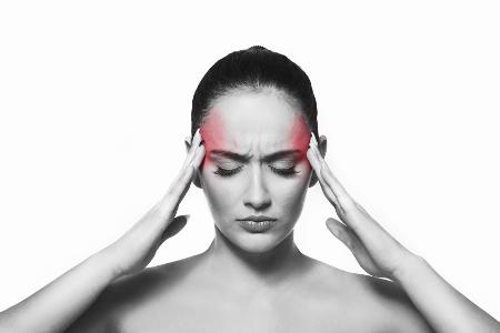 mal-di-testa-emicrania-cause