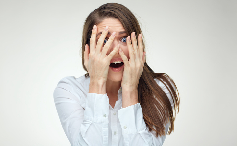 mal-di-testa-emicrania-prodromi